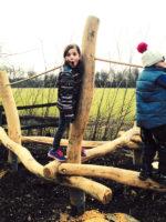 Jexhof: Naturnaher Spielplatz