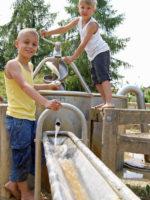 Augsburg: Wasser- & Abenteuerspielplatz Osterfeldpark