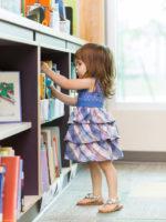 Bücherei: Pfarrbücherei im Martin-Luther-Haus