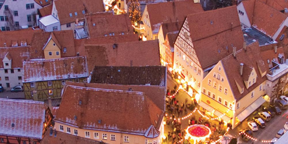 Romantischer Weihnachtsmarkt.Romantischer Weihnachtsmarkt In Nördlingen Lieslotte