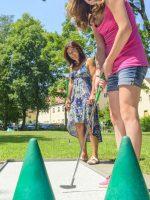 Augsburg: Minigolfplatz Siebentischpark