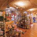 Bäckerei in einem historischen Gewölbe