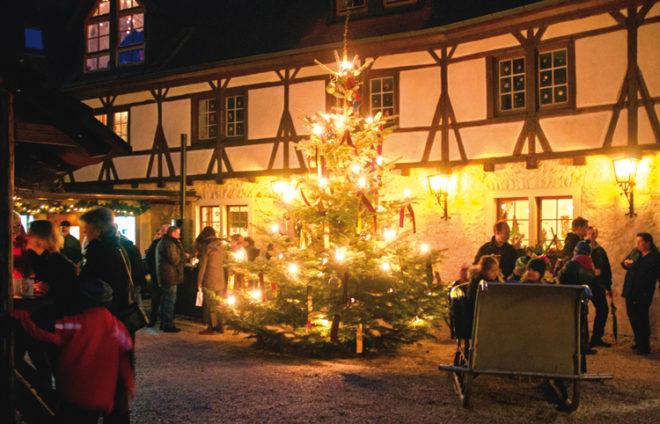 Weihnachtsmarkt auf Burg Katzenstein