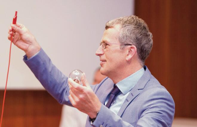 Professor Dr. Michael Finkel