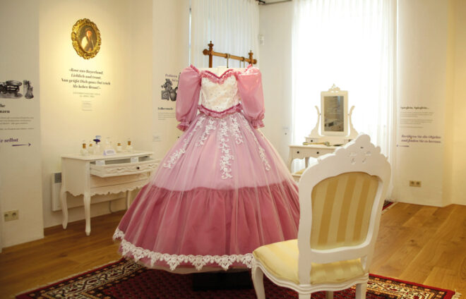 Sisi-Kleid